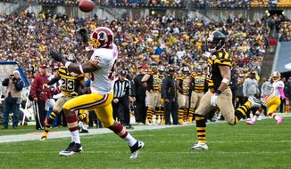 Washington Redskins wide receiver Leonard Hankerson (85) misses a wide open touchdown catch in the first quarter against the Pittsburgh Steelers at Heinz Field, Pittsburgh, Pa., Sunday, Oct. 28, 2012. (Craig Bisacre/The Washington Times)