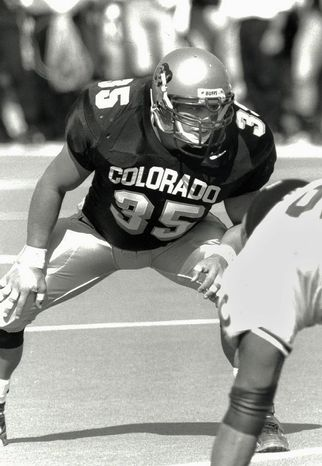 "Keith Miller waits for the ball snap as a fullback for the school's NCAA college football team at the University of Colorado. Miller has reinvented himself, going from the gridiron to the stage and will appear in Verdi's ""Un Ballo in Maschera,"" at the Metropolitan Opera in New York. (AP Photo/University of Colorado)"