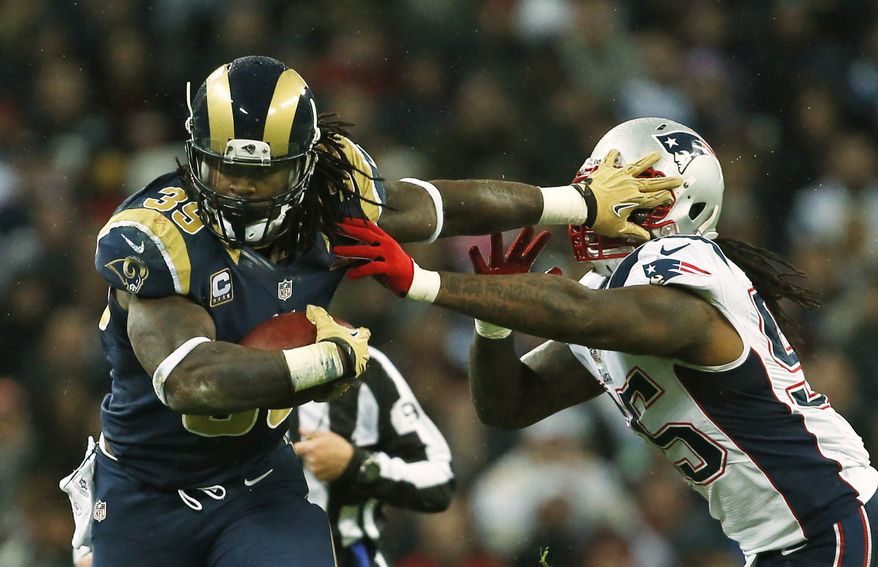 St. Louis Rams running back Steven Jackson has reportedly been asked about in trade discussions leading up to Thursday's deadline (AP Photo/Matt Dunham)