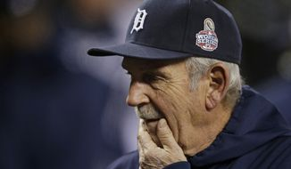 Detroit Tigers manager Jim Leyland waits for the start of  Game 4 of baseball's World Series against the San Francisco Giants Sunday, Oct. 28, 2012, in Detroit. (AP Photo/Matt Slocum)