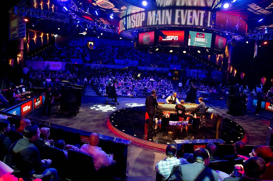 Play continues at the World Series of Poker final table, Tuesday, Oct. 30, 2012, in Las Vegas. (AP Photo/Julie Jacobson)