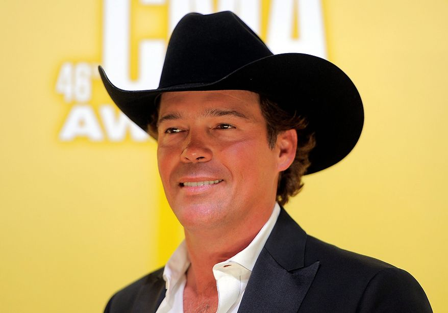 Clay Walker arrives at the 46th Annual Country Music Awards at the Bridgestone Arena on Thursday, Nov. 1, 2012, in Nashville, Tenn. (Photo by Chris Pizzello/Invision/AP)