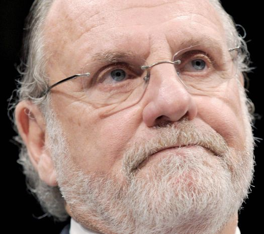 Republicans on a House panel that probed the collapse of MF Global are pinning the blame on Jon Corzine, a former Democratic senator. (Associated Press)