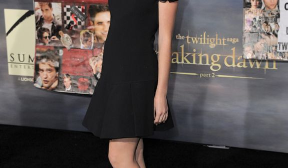 "Kiernan Shipka attends the world premiere of ""The Twilight Saga: Breaking Dawn Part 2"" at the Nokia Theatre on Monday, Nov. 12, 2012, in Los Angeles. (Photo by Jordan Strauss/Invision/AP)"