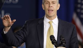 **FILE** Education Secretary Arne Duncan speaks on Jan. 12, 2012, at Lincoln High School in Gahanna, Ohio. (Associated Press)