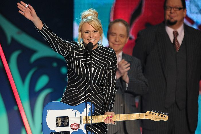 Miranda Lambert accepts the award for Single of the Year by a Female Artist during the American Country Awards on Monday, Dec. 10, 2012, in Las Vegas. (Al Powers/Powers Imagery/Invision/AP)