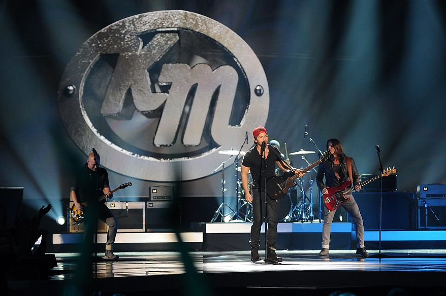 Kip Moore performs during the American Country Awards on Monday, Dec. 10, 2012, in Las Vegas. (Al Powers/Powers Imagery/Invision/AP)