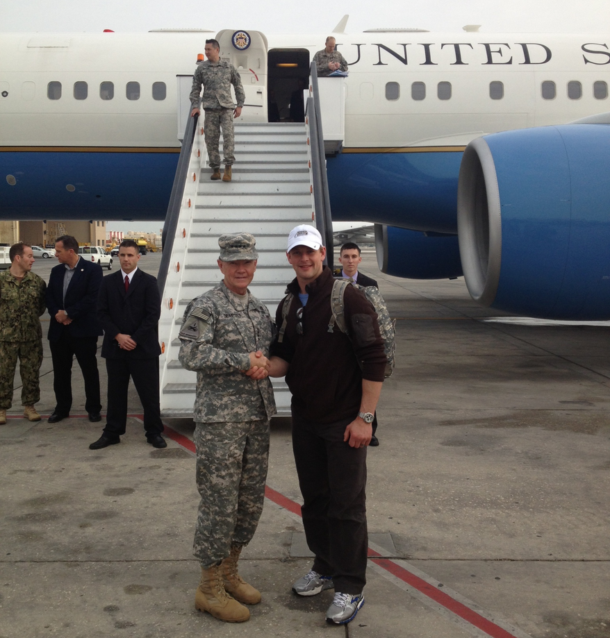 Capitals forward Matt Hendricks shakes hands with Gen. Martin Dempsey, Chairman of the Joint Chiefs of Staff in front of Air Force Two. (Photo courtesy Matt Hendricks)