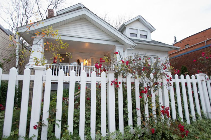 Aunt Bea's Little White House B&B is seen in Washington. The six-room bed and breakfast in Northeast Washington still had two rooms available for the presidential inauguration as of the week before Christmas, with rates starting at $225 a night. (AP Photo/Jacquelyn Martin)
