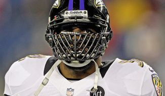 Baltimore Ravens inside linebacker Ray Lewis waits for the start of the NFL football AFC Championship football game against the New England Patriots in Foxborough, Mass., Sunday, Jan. 20, 2013. (AP Photo/Matt Slocum)