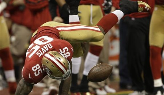 San Francisco 49ers tight end Vernon Davis (85) misses a throw during the second half of the NFL Super Bowl XLVII football game against the Baltimore Ravens, Sunday, Feb. 3, 2013, in New Orleans. (AP Photo/Mark Humphrey)