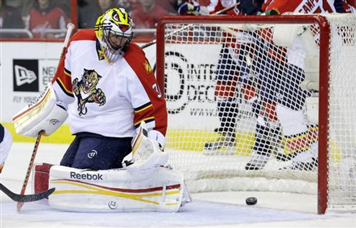 Scott Clemmensen gave up two goals on the first six shots he faced against the Capitals on Thursday night. (Associated Press)