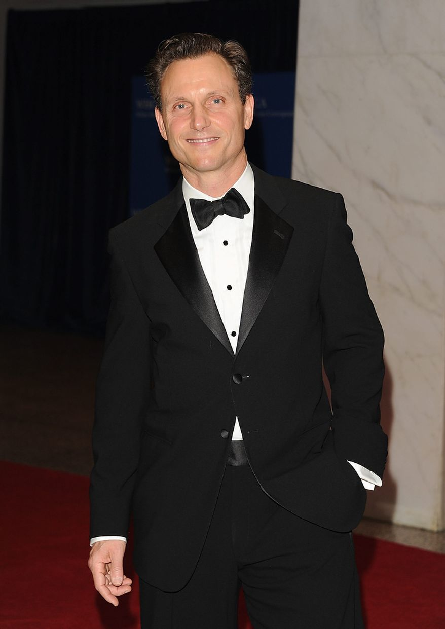 "Actor Tony Goldwyn, who plays President Fitzgerald Grant on the ABC drama series ""Scandal,"" attends the White House Correspondents' Association Dinner at the Washington Hilton Hotel on Saturday, April 27, 2013, in Washington. (Evan Agostini/Invision/AP)"