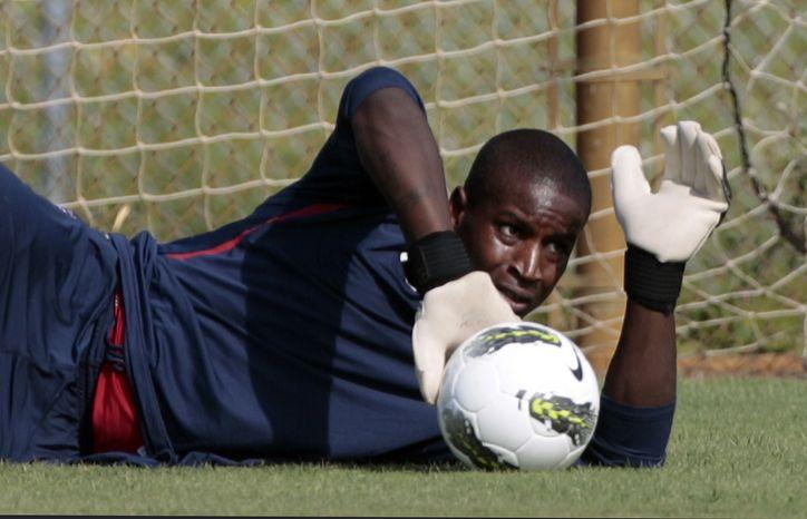 **FILE** U.S. men's soccer team goalkeeper Bill Hamid blocks a shot during practice in Fort Lauderdale, Fla., Tuesday, Oct. 4, 2011. (AP Photo/Alan Diaz)