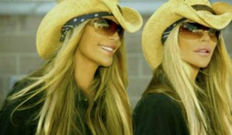 Image: Barbi Twins