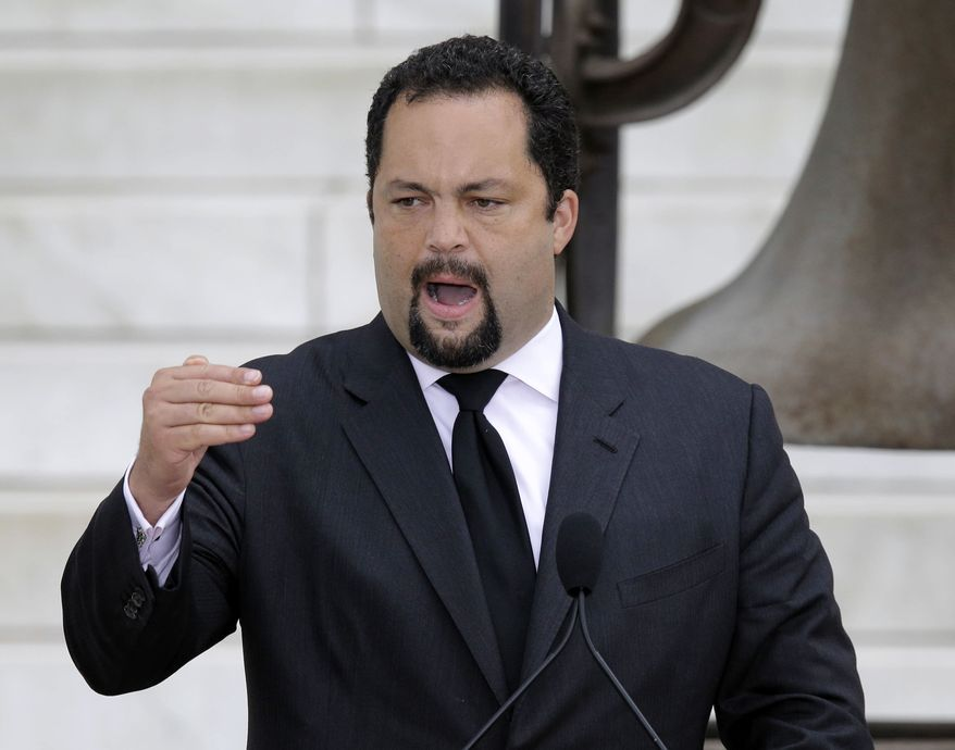 """NAACP President and CEO Benjamin Jealous speaks at the """"Let Freedom Ring"""" ceremony at the Lincoln Memorial in Washington on Wednesday, Aug. 28, 2013, to commemorate the 50th anniversary of the 1963 March on Washington for Jobs and Freedom. (AP Photo/Carolyn Kaster)"""
