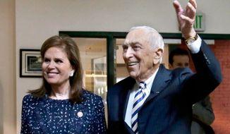 The late Sen. Frank Lautenberg and his wife Bonnie Englebardt Lautenberg seen here in 2013. (credit: Associated PRess)