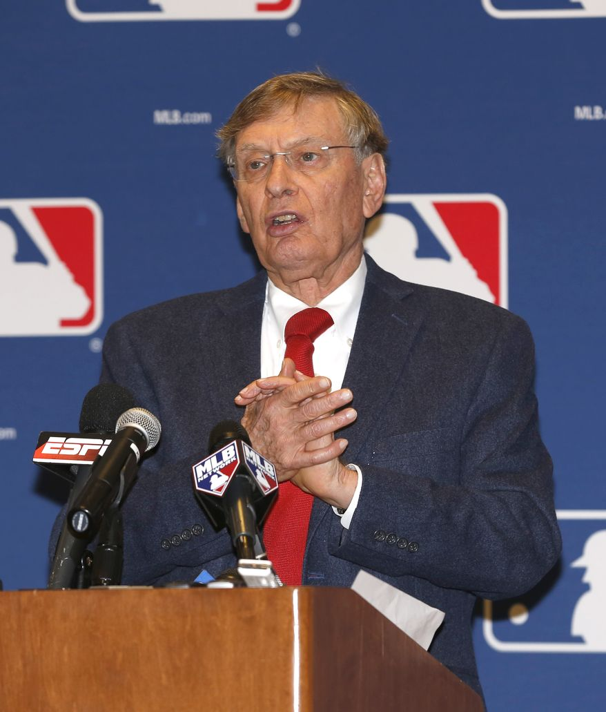 Major League Baseball Commissioner Bud Selig talks to the media following baseball's general managers' meetings Thursday, Nov. 14, 2013, in Orlando, Fla. (AP Photo/Reinhold Matay)