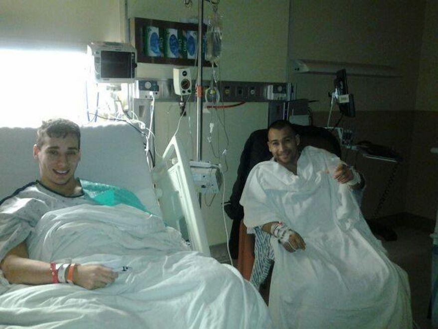 Sebastian Rivera, left, and Carlos Baires Escobar, right, after kidney surgery. (Facebook: Carlos Baires Escobar)