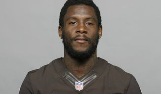 FILE - This is a 2013 file photo showing Davone Bess. The Browns have released troubled wide receiver Davone Bess.  The expected move comes after a pattern of disturbing behavior during the offseason by Bess, who spent just one season with Cleveland after being acquired in a trade last April. Bess was arrested for assaulting a police officer at an airport in Florida and he also posted photos of himself on social media with what appeared to be marijuana. (AP Photo/File)