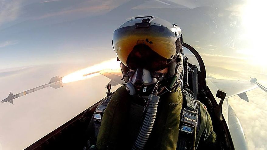 This Oscar selfie lead by Ellen DeGeneres and Bradley Cooper has nothing on this F-16 fighter pilot made public by the Royal Danish Air Force.