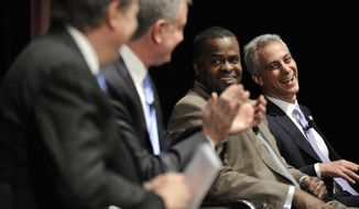 Chicago Mayor Rahm Emanuel right, laughs along with Atlanta Mayor Kasim Reed second from right, New York Mayor Bill De Blasio second from left, and former Obama advisor and moderator of the discussion David Axlerod right, during a panel discussion about the issues facing the nation's big cities in Chicago,Thursday, March, 6, 2014. (AP Photo/Paul Beaty)
