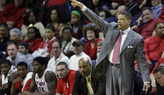 Rutgers head coach Eddie Jordan shouts to his players during the first half of an NCAA college basketball game against Cincinnati Saturday, March 8, 2014, in Piscataway, N.J. Cincinnati won 70-66. (AP Photo/Mel Evans)