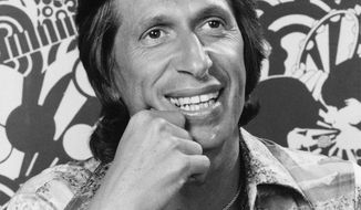 FILE - This July 13, 1977 file photo shows comedian David Brenner. On Saturday, March 15, 2014, publicist Jeff Abraham announced Brenner has died at the age of 78. (AP Photo)