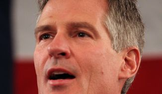 Former Massachusetts U.S. Senator Scott Brown announces his plans to run for the U.S. Senate in New Hampshire Thursday, April 10, 2014 in Portsmouth, N.H. Brown hopes to unseat U.S. Sen. Jeanne Shaheen, D-N.H. (AP Photo/Jim Cole)