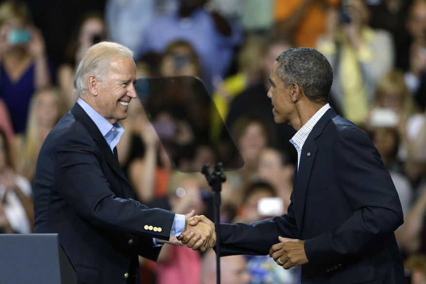 """FILE - In this Aug. 23, 2013, file photo, President Barack Obama, right, is greeted by Vice President Joe Biden during a visit to Lackawanna College in Scranton, Pa. Western Pennsylvania is getting a """"two-fer"""" when President Barack Obama visits and brings his vice president, Scranton-born Joe Biden. Obama and Biden are heading to a community college in Oakdale on Wednesday, April 16, 2014, to talk about matching skills-training to jobs that are in demand.  (AP Photo/Matt Rourke, File)"""