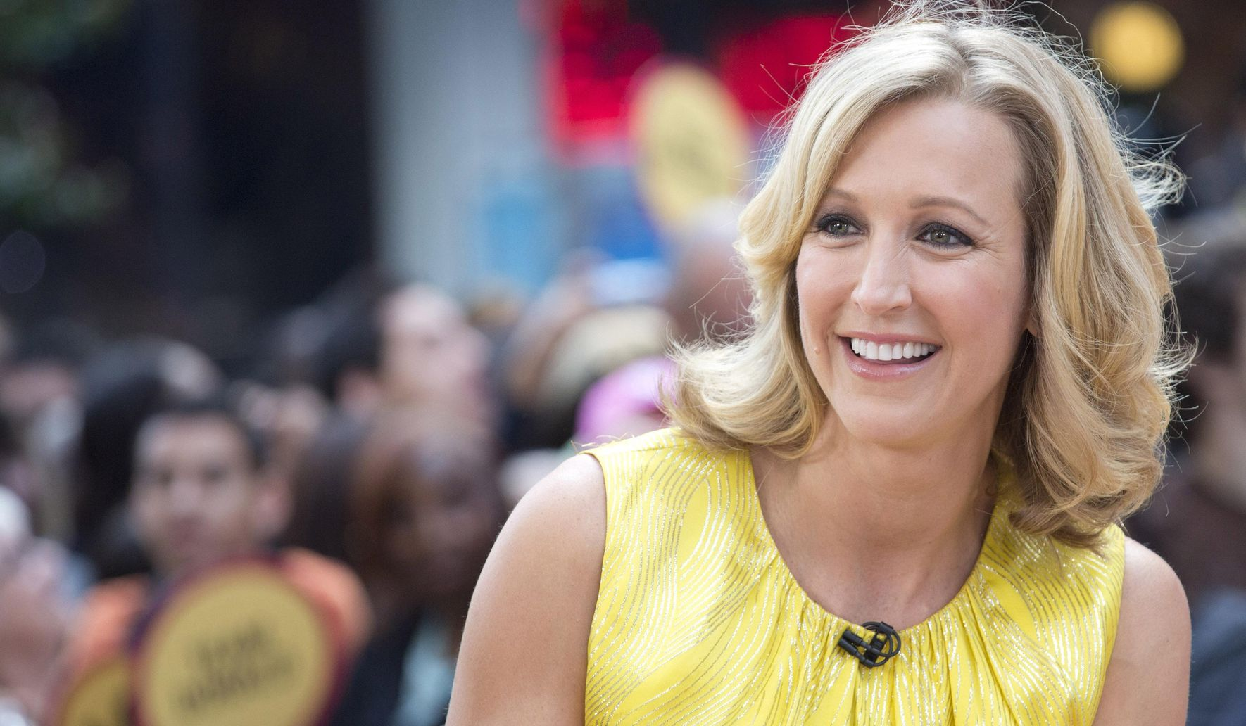 'GMA host' Lara Spencer apologizes for laughing about Prince George taking ballet