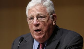 FILE - In this Tuesday, June 25, 2013, file photo, former New York Lt. Gov. Richard Ravitch speaks during a meeting of the State Budget Crisis Task Force at the National Constitution Center, in Philadelphia. On Tuesday, April 22, 2014, U.S. Bankruptcy Judge Steven Rhodes in Detroit appointed Ravitch as an expert consultant in the Detroit municipal bankruptcy case. Rhodes also is tapping Marti Kopacz of Phoenix Management Services to be an expert witness in the case. (AP Photo/Matt Rourke, File)