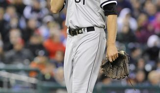 Chicago White Sox starting pitcher Charlie Leesman walks off the field after being pulled in the third inning of a baseball game against the Detroit Tigers in Detroit onTuesday, April 22, 2014. (AP Photo/Lon Horwedel)
