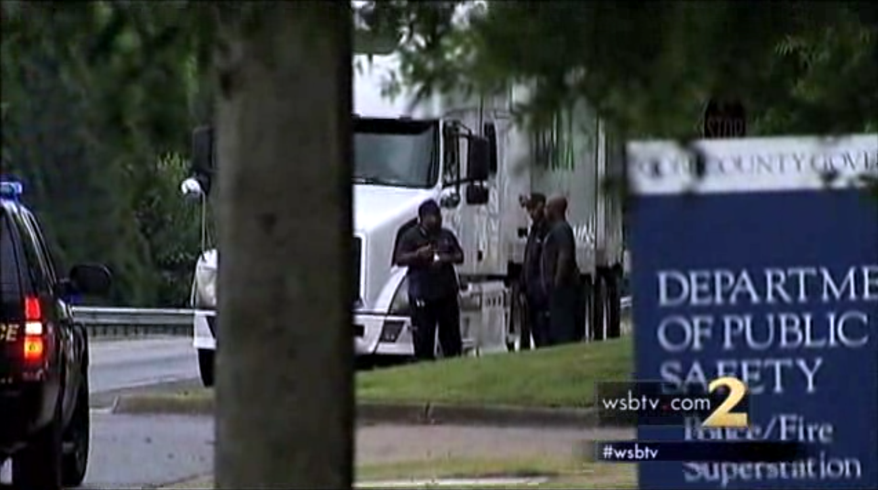 The suspect in a shooting at a FedEx facility in Kennesaw, Ga., on April 29 was found dead at the scene, police said. (WSB-TV)