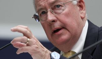 Baylor University President Ken Starr testifies at the House Committee on Education and Workforce on college athletes forming unions, on May 8, 2014 on Capitol Hill in Washington. (AP Photo/Lauren Victoria Burke)
