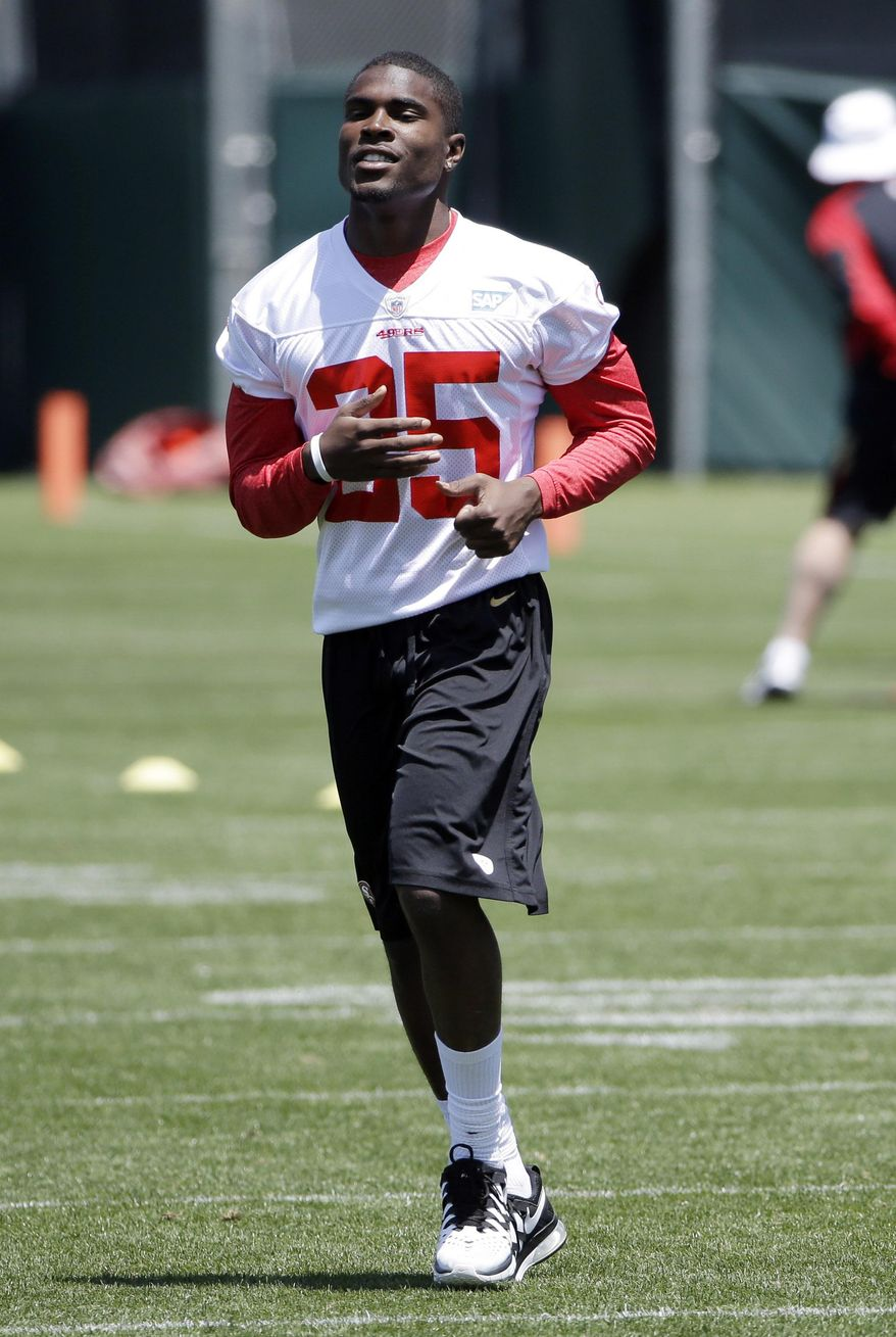 San Francisco 49ers' Jimmie Ward jogs during an NFL football organized team activity Wednesday, May 28, 2014, in Santa Clara, Calif. (AP Photo/Marcio Jose Sanchez)