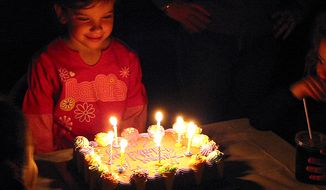 Students at a northern Kentucky elementary school have been banned from celebrating birthdays with cake or any other snacks in an effort to promote healthy food choices. (Wikimedia Commons)