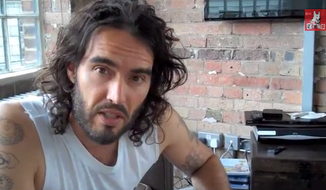 """Liberal comedian and actor Russell Brand tore into Fox News in a video published Tuesday, accusing the network of being a """"fanatical terrorist propagandist organization"""" that is """"more dangerous than ISIS."""" (Russell Brand/YouTube)"""
