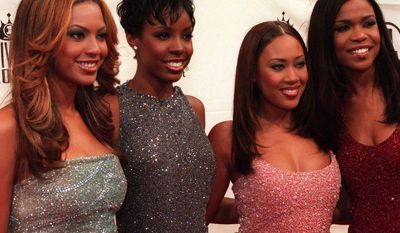 """Former Destiny's Child member Farrah Franklin (second from right), seen here with the group at the """"VH1 Divas 2000: A Tribute to Diana Ross"""" in New York on April 9, 2000, was arrested July 20, 2014, in South Carolina for disorderly conduct. (Associated Press)"""