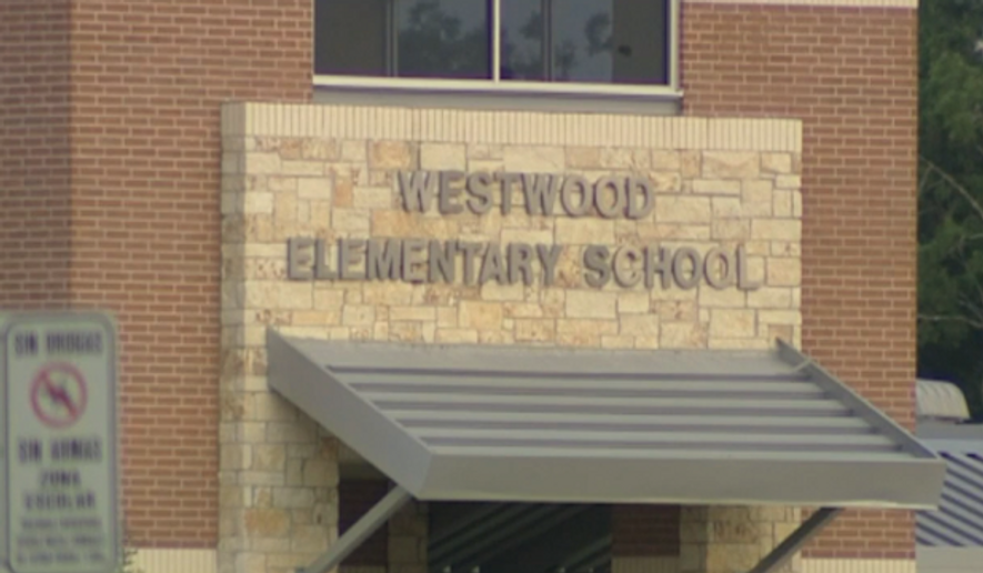 A Texas family is trying to remove their children from Westwood Elementary School in Friendswood, Texas, after a first grade teacher allegedly removed their daughter's desk and made her sit on the floor for 22 days as punishment. (KTRK)