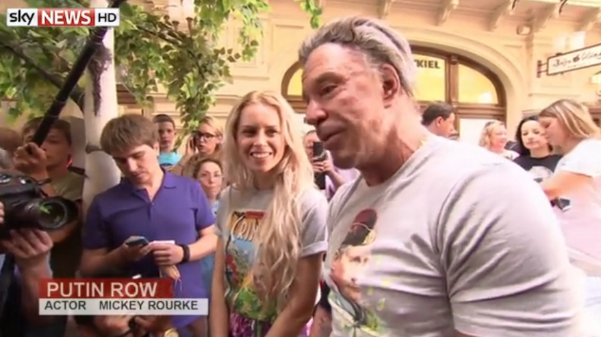 Actor Mickey Rourke lined up with hundreds of people at a Moscow department store Monday to buy a T-shirt with Russian President Vladimir Putin's face on it. (Sky News)