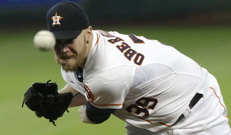 Houston Astros' Brett Oberholtzer delivers a pitch against the Minnesota Twins in the first inning of a baseball game Wednesday, Aug. 13, 2014, in Houston. (AP Photo/Pat Sullivan)