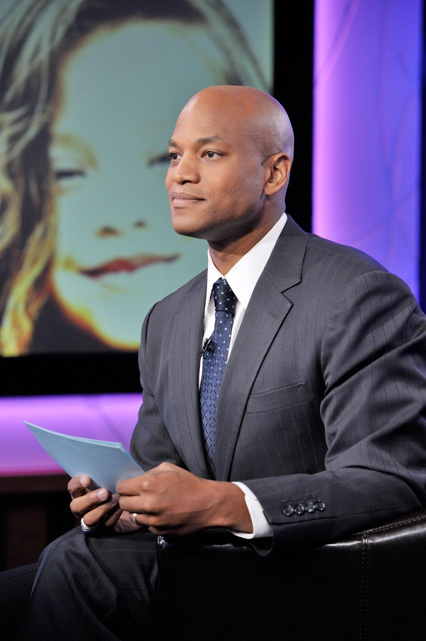 """In this Sept. 28, 2013 photo provided by WNET, Wes Moore returns to host """"American Graduate Day 2014"""" at Tisch Studio in Lincoln Center, in New York. (AP Photo/WNET, Elizabeth Nowicki)"""