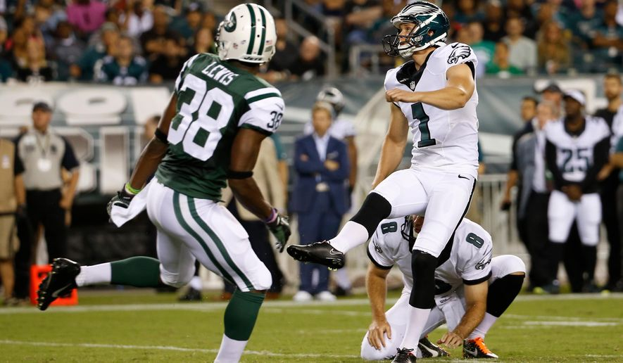 Philadelphia Eagles' Cody Parkey (1) watches after kicking a field goal during the first half of an NFL preseason football game against the New York Jets, Thursday, Aug. 28, 2014, in Philadelphia. (AP Photo/Chris Szagola)
