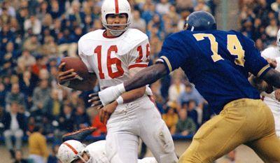 STANFORD VS CALIFORNIA - Jim Plunkett, (16) Stanford University quarterback shown in game against California, Nov. 21, 1970. Plunkett was named Heisman Trophy winner Nov. 24, 1970. (AP Photo/Robert Klein)