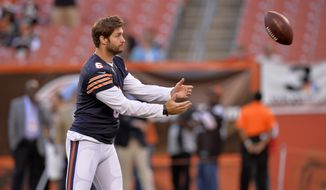 Chicago Bears quarterback Jay Cutler (6) plays catch before a preseason NFL football game against the Cleveland Browns Thursday, Aug. 28, 2014, in Cleveland. (AP Photo/David Richard)