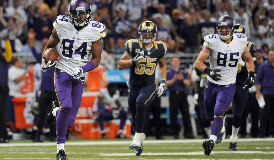 Minnesota Vikings wide receiver Cordarrelle Patterson (84) runs for a 67-yard touchdown as teammate Rhett Ellison (85) and St. Louis Rams linebacker James Laurinaitis (55) watch during the third quarter an NFL football game against the St. Louis Rams Sunday, Sept. 7, 2014, in St. Louis. (AP Photo/L.G. Patterson)