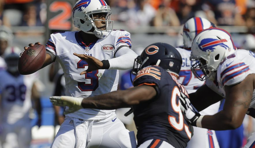 Buffalo Bills quarterback EJ Manuel (3) throws a pass during overtime of an NFL football game against the Chicago Bears Sunday, Sept. 7, 2014, in Chicago. The Bills won 23-20. (AP Photo/Nam Y. Huh)