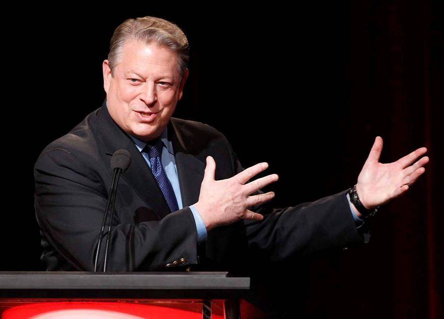Former Vice President Al Gore has attracted some presidential attention this week following Hillary Clinton's political challenges.