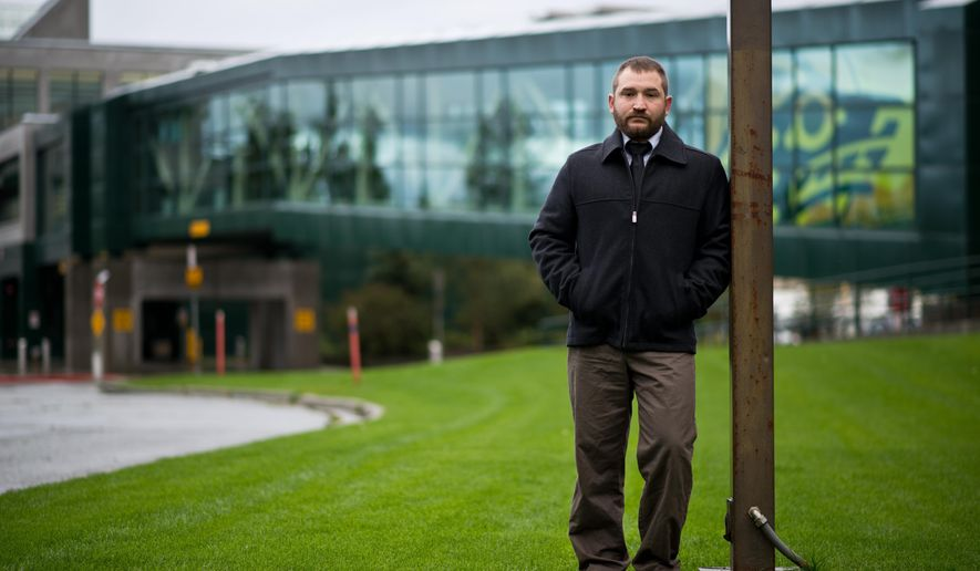 Army veteran Brian Fausett is studying natural sciences at the University of Alaska Anchorage. (AP Photo/Alaska Dispatch News, Marc Lester)